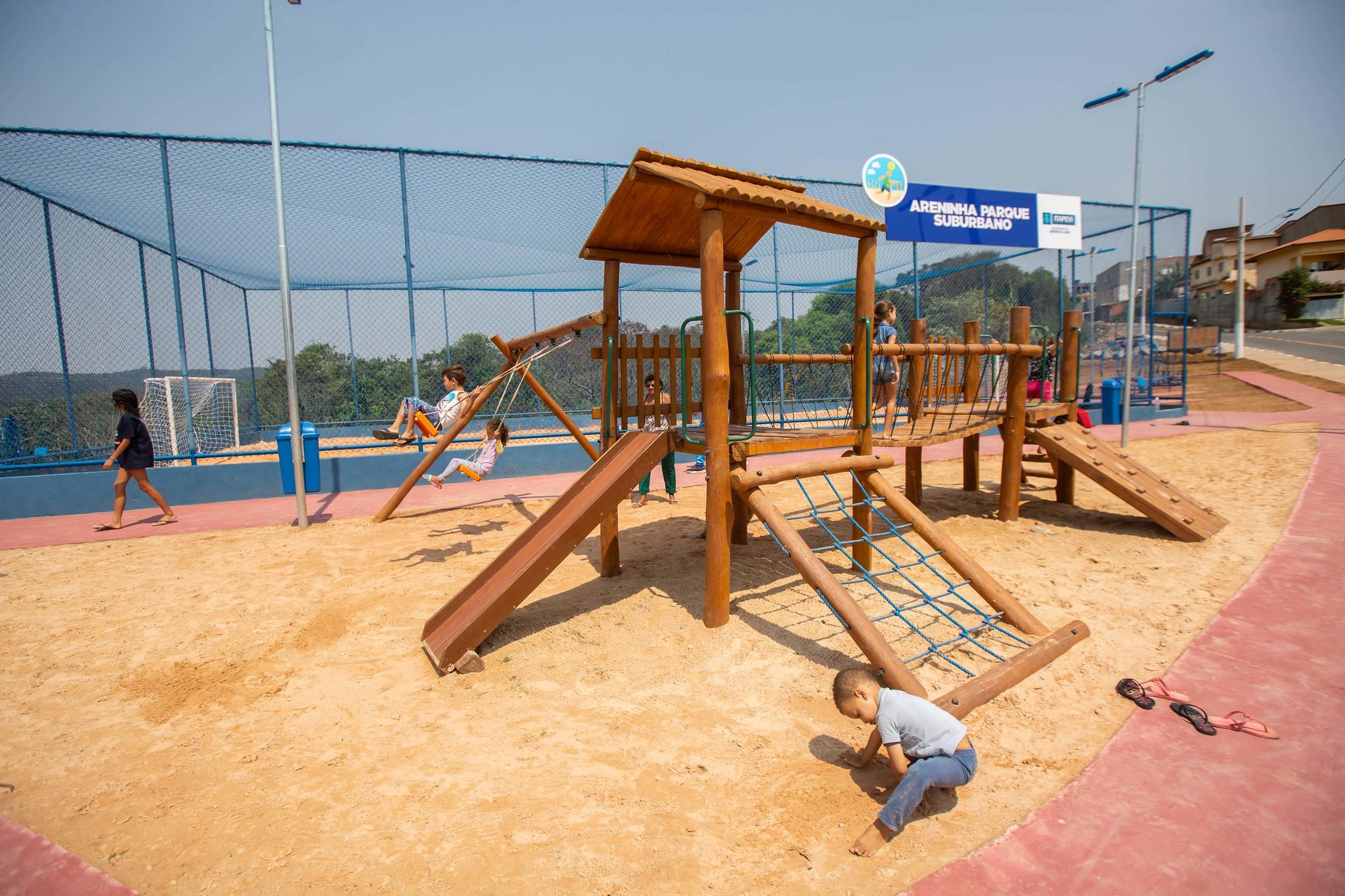 Areninhas Ambuitá e Parque Suburbano são inauguradas em Itapevi